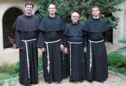 ~2014 : fr. Paul, fr. François-Xavier (gardien), fr. Charles, fr. Piotr.
