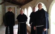 ~2015 : fr. Piotr, fr. Charles, fr. Fabio, fr. François-Xavier (gardien).