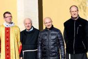 2016 - 2017 : Fr. Piotr, fr. Charles, fr. Irénée, fr. François - Xavier (gardien)